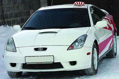 На фото токийское такси. Естественно, что в столице Японии почти все такси - это автомобили Тойота. Фото с сайта: privattaxi.org.ua